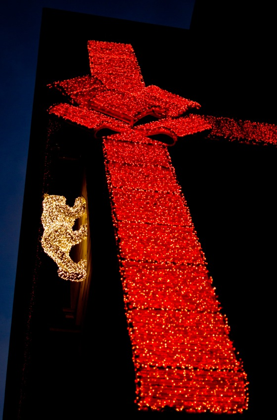 the Cartier panther creeping up the wall wrapped up in ribbon..amazing
