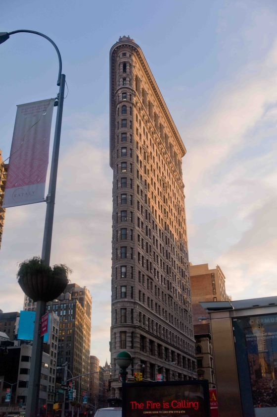 the amazingly thin flatiron building on 23rd