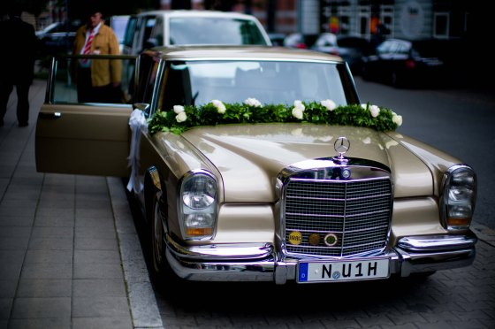 Grand Mercedes 600 for wedding
