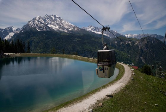 jennerbahn cable car