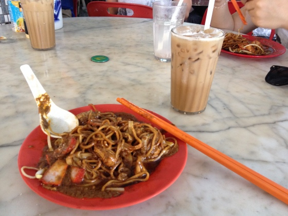 the awesome dry curry noodles with iced ipoh white coffee