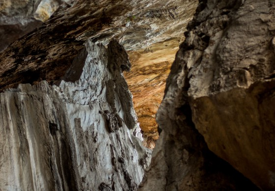 beautiful geological detail in cave