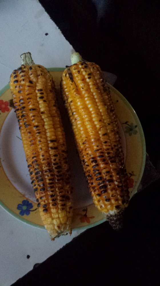 barbecued corn..talk about memorable food moments...didn't need sugar or butter...just au naturel